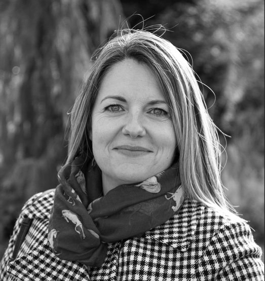 Lynne Portrait